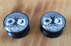1 pair of Celtic knot tree of life ear plugs gauge pick a size