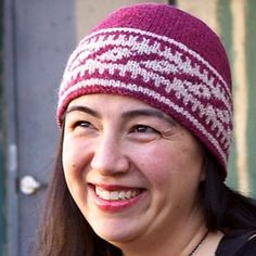 Link Hat - what colors would you choose? Let me know below! I love to hear from you! Get your pattern here: http://ift.tt/2e01mZR - #knitting #knitedgemagazine #knitstagram #knittersofig #knittersofinstagram #knittersgonnaknit #knittersoftheworld #knittersofravelry #strikk #stricken #strikking #fairisleknitting #knithat