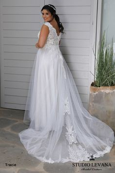 Plus size wedding gowns 2018 Tracie (5)