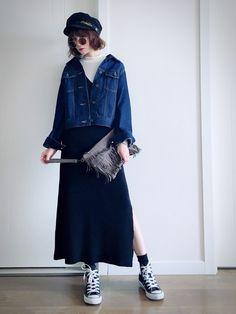 黑系+深蓝 cool感街头风格 黑色针织连衣裙… 内搭UNIQLO 白色高领衫… GU深蓝牛仔茄