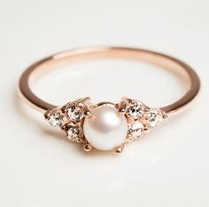 pretty-engagment-ring