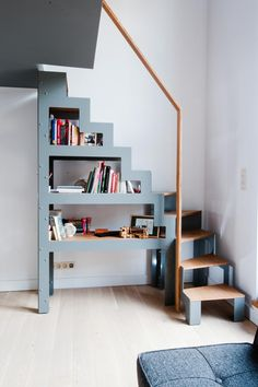 me Ladder For Loft Space Minimalist Wooden Staircase Design For Small Loft Staircase, Staircase Design, Stair Design, Mezzanine Loft, Loft Design, Stairs For Loft, Stairs To Attic, Modular Staircase, Small Staircase