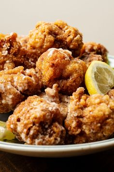 Japanese fried chicken, the flesh is firm and flavorful with sweetened soy and garlic, coated in a fox-colored crust of potato starch that stays Japanese Fried Chicken, Ramen Shop, Asian Recipes, Ethnic Recipes, Japanese Recipes, Fried Chicken Recipes, Chicken Karaage Recipe, What To Cook, Chicken