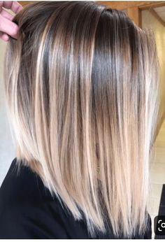 Gorgeous Balayage Hair Color Highlights for Straight Hair in 2019 - - Doris - Frisuren Balayage Straight Hair, Blonde Balayage Highlights, Hair Color Highlights, Ombre Hair Color, Hair Color Balayage, Short Blonde Balayage Hair, Straight Hair Highlights, Blonde Balayage Bob, Chunky Highlights