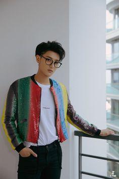 Him make me more crazier 😍😍😍 Chanyeol, Tao Exo, Kyungsoo, Exo Ot12, Chanbaek, Got7, Rapper, Huang Zi Tao, Kim Jong Dae