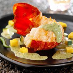 Découvrez la recette du homard sauce au curry vert