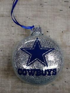 This is going on my Christmas tree here soon. Vinyl Christmas Ornaments, Glitter Ornaments, Diy Christmas Gifts, Christmas Bulbs, Custom Ornaments, Handmade Ornaments, Xmas Crafts, Homemade Christmas, Christmas Snowman