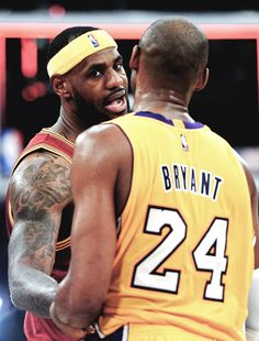 Lebron James and Kobe Bryant - Los Angeles Lakers King Lebron James, King James, Inside The Nba, Kobe Lebron, Baskets, Kobe Bryant 24, Contact Sport, Nba Wallpapers, Basketball Legends