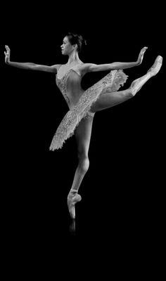 Dancing Photos Misty Copeland 23 Ideas For 2019 Yoga Dance, Dance Art, Shall We Dance, Just Dance, Ballet Class, Ballet Dancers, Dance Photos, Dance Pictures, Pretty Ballerinas