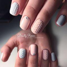 109 cutest christmas nail art diy ideas - My best nail list Nail Art Diy, Easy Nail Art, Diy Nails, Cute Nails, Pretty Nails, Cute Christmas Nails, Xmas Nails, Beautiful Nail Art, Beautiful Nail Designs
