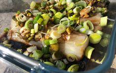 En lett og smakfull fiskemiddag som passer perfekt på en lys sommerkveld. Eller om du ønsker en lett middag på en tung vinterkveld! Bon Appetit, Sprouts, Beef, Vegetables, Foods, Heart, Food Food, Vegetable Recipes, Brussels Sprouts