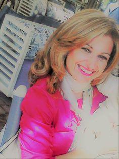 Dr Ευαγγελία Παπαγεωργίου Πνευμονολόγος Διδάκτωρ Πανεπιστημίου Θεσσαλίας Επιστημονικός Συνεργάτης Πανεπιστημιακής Πνευμονολογικής Κλινικής Λάρισας Υπεύθυνη κέντρου «Καρδιoαναπνευστικής Αποκατάστασης Κένταυρος»  Η Jewelry, Fashion, Moda, Jewlery, Bijoux, Fashion Styles, Schmuck, Fasion, Jewerly