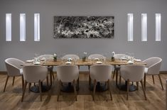 After a decade of service, chef Theo Randall's restaurant in the InterContinental London Park Lane, has had a makeover. Or a 'make under' in this case. For the somewhat staid, more formal interiors have now been swapped for a decidedly more dynam. Dining Room Sets, Dining Room Design, Dining Room Furniture, Oak Table, Dining Table, Restaurant Interior Design, Restaurant Interiors, Wallpaper Magazine, Tasting Room