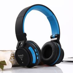 6d9d9e018cb99a Find More Earphones & Headphones Information about Earphone with Mic Bluetooth  Headphones SM 896 TF