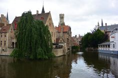 If you are a fan of the movie In Bruges, this is the hotel where Collin Farrell stays. Stuff To Do, Things To Do, Bruges, Great Photos, Fan, Movies, 2016 Movies, Films, Film