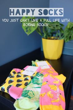You just can't live a full life with boring socks! #happysocks