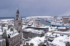 Aberdeen in the snow Great Places, Places Ive Been, Aberdeen Harbour, Granite City, Aberdeen Scotland, City By The Sea, Silver City, University Life, Winter Scenery