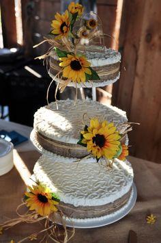 Sunflower and Burlap wedding cake
