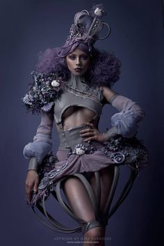 Moon Children, meet Ophelia!  Ophelia is not only a model, make up artist, hair dresser and a stylist – she is also an unbelievable designer of all things fantastical and macabre. I am absolutely blown away by her creations for the Hello Kitty birthday exibithion in LA.