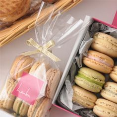Macaroons & Biscuits