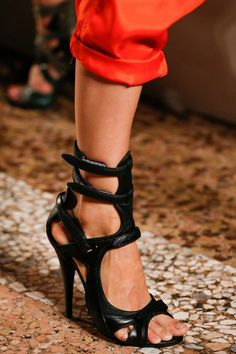 2014 READY TO WEAR SHOE COLLECTION | Emilio Pucci Spring 2014 Ready-to-Wear Collection Slideshow on Style ...