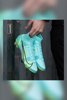 Nike Football Boots, Soccer Boots, Cute Nike Shoes, Cute Nikes, Nike Cleats, Soccer Cleats, Soccer Equipment, Superfly, Barcelona