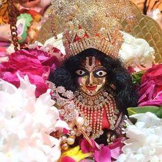 Laddu Gopal, Crown, Wreaths, Halloween, Home Decor, Corona, Decoration Home, Door Wreaths, Room Decor