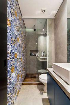 homify / Casa100 Arquitetura: apto cobre/blue: Banheiros modernos por Casa100 Arquitetura