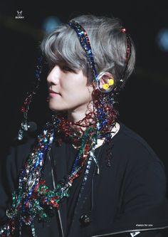 Ridiculous beauty Baek