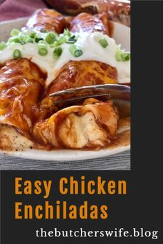 EASY CHICKEN ENCHILADAS! Everyone will love these easy chicken enchiladas! Sour Cream Enchiladas, Chicken Enchiladas, Latin American Food, Can Of Soup, 9x13 Baking Dish, Fast Easy Meals, Quesadillas, I Foods, Food Inspiration