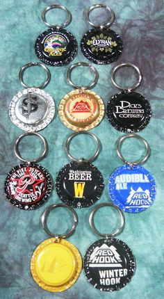 What Dog Doesn't Need a Little Washington Breweries Bling? Recycled Bottle Cap Bling Charms by squigglechick on Etsy Beer Bottle Top Crafts, Beer Cap Crafts, Beer Bottle Caps, Bottle Cap Art, Beer Caps, Fancy Birthday Cakes, Bottle Cap Jewelry, Bottle Cap Magnets, What Dogs