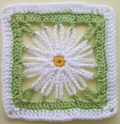 Häkelanleitung * Granny Square 'Marguerite' by Lila - free crochet pattern in German with diagram.