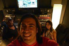 En Miami trabajando en #lonuevodemarhet junto a dos grandes, la cantante colombiana Luisa Nicholls y el productor panameño Bruno Linares.. Merengada de latinos a las 2am en Miami #marhet