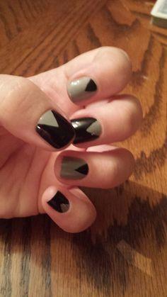 Black and grey nails