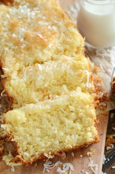 Pineapple Coconut Quick Bread: this sweet tropical quick bread is full of flaky . Pineapple Coconut Quick Bread: this sweet tropical quick bread is full of flaky coconut, bites of pineapple, and it can be served for breakfast or dessert! Pineapple Coconut Bread, Coconut Quick Bread, Coconut Bread Recipe, Coconut Muffins, Banana Bread Recipes, Easy Cake Recipes, Quick Bread Recipes, Brownie Recipes, Drink Recipes