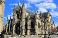 Basilica of St. Michael/Quartier St-Michel Walking Tour of Bordeaux, France | Weekend Blitz