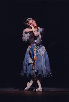 Alina Cojocaru as Cinderella - Dee Conway