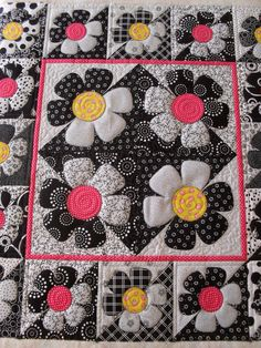 "https://flic.kr/p/9TrWe3 | Posy | Pieced and designed by JoAnn Kilgroe Quilted by Jessica's Quilting Studio <a href=""http://www.stelladog.me"" rel=""nofollow"">www.stelladog.me</a>"