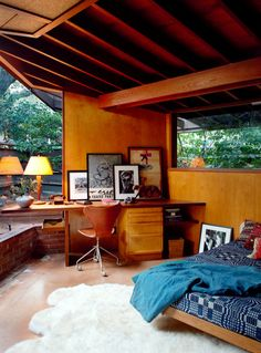 Bedroom in the Schaffer House de John Lautner - Model Home Interior Design Mid-century Interior, Interior Architecture, Interior And Exterior, Mid Century House, Interior Design Inspiration, Daily Inspiration, Future House, Living Spaces, Sweet Home