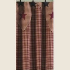Our Vintage StarWineShower Curtain is agreat addition to any country orprimitive home, a traditionalhomespun cloth ofwine and khakicheck.
