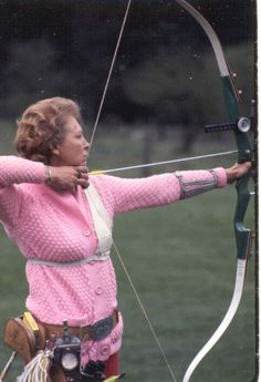 1969 World Archery Champion from Canada Dorothy Lidstone  http://famouscanadianwomen.com