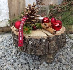 Christmas advent wood arrangement tealight on wooden disk red nature advent arrangement christmas nature tealight wooden Unique Christmas Decorations, Christmas Candles, Rustic Christmas, Winter Christmas, All Things Christmas, Tree Decorations, Christmas Wreaths, Christmas Bulbs, Holiday Decor