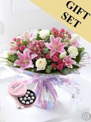 Mother's Day Extravagance Hand-tied with Chocolate Truffles Mothers Day Flower Delivery, Flower Delivery Service, Mothers Day Flowers, Send Flowers, Fresh Flowers, Dublin, Bouquet, Flowers Delivered, Chocolate Truffles