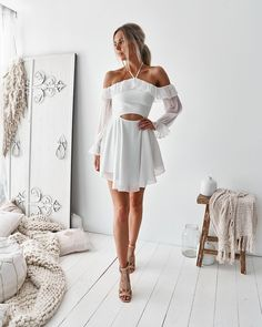 Minimal special day dresses, short sexyhomecoming evening wear, and semi-formal artist evening wear. Grad Dresses, Club Dresses, Homecoming Dresses, Sexy Dresses, Short Dresses, Prom Dress, Party Dresses, Evening Dresses, Tie Front Dress
