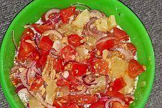 Tomaten-Thunfisch-Salat mit Harzer Käse und roten Zwiebeln (Rezept mit Bild) | Chefkoch.de