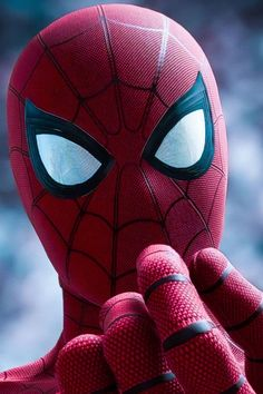 Sam Raimi Suit from the First Spiderman Movies was one of my favorite suit in Marvel Spiderman Game, the detail was so crazy. Amazing Spiderman, Spiderman Kunst, Spiderman Anime, Spiderman Pics, Spiderman Movie, Marvel Comics, Marvel Fan, Marvel Heroes, Marvel Avengers