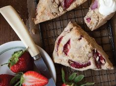 Strawberry Oat Scones | The perfect breakfast or afternoon snack!