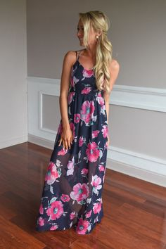 Among the Flowers Maxi Dress – The Pulse Boutique