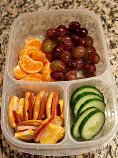 Day 39 Homemade Ham Lunchables is part of Healthy recipes - I'm loading up this lunch with tons of fruit since that's what M always eats first…grapes and clementines, can't go wrong there I have some cucumber slices left that need … Lunch Snacks, Lunch Recipes, Cooking Recipes, Healthy Recipes, Keto Recipes, Lunch Meal Prep, Healthy Meal Prep, Healthy Eating, Healthy Kid Lunches