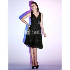 A-line V-neck Knee-length Chiffon Cocktail Dress - USD $ 88.19